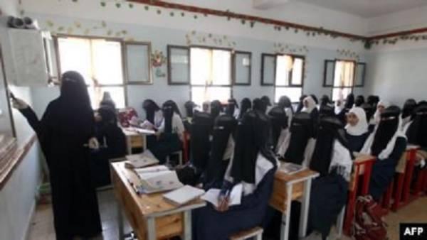 معمر الارياني يستنكر ويدين جريمة اختطاف الحوثيين لسبع مديرات مدارس في صنعاء